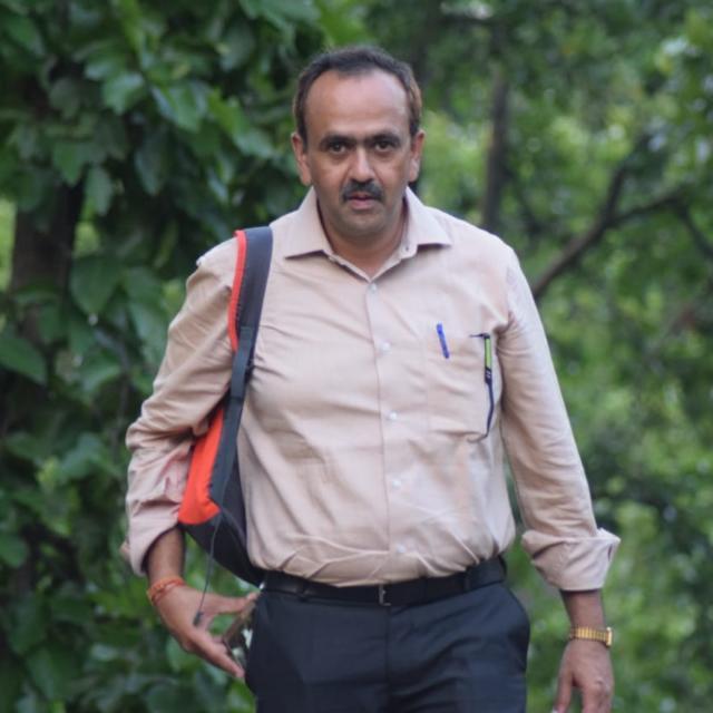 Dr. Sameer Agrawal (child specialist, Jabalpur)